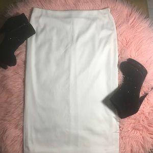 White Forever 21 Pencil Skirt ✨✨✨